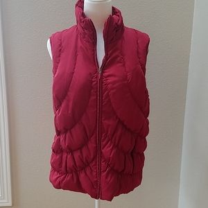 Nine West puffer vest down and feathers large